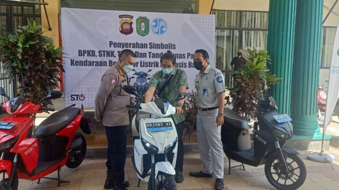 Motor Listrik Nasional GESITS Didaftarkan di Samsat, Berikut Paparan Dirlantas Polda Kalbar