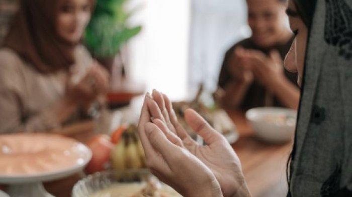 DOA Buka Puasa dan Doa Sahur, Niat Puasa Senin Kamis & Niat Puasa Rajab Boleh Digabung ?