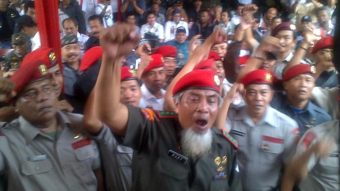 Purnawirawan Kopassus Ancam Angkat Senjata Cari Wiranto