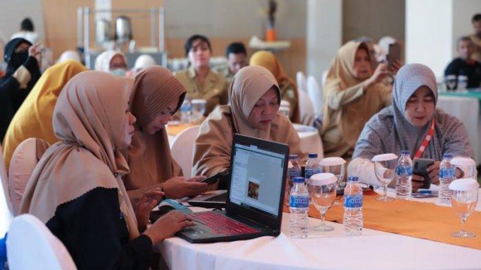 FOTO: Rapat Koordinasi Sensus Penduduk 2020 Provinsi Kalimantan Barat di Hotel Harris Pontianak - rapat-koordinasi-sensus3.jpg