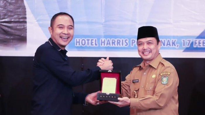 FOTO: Rapat Koordinasi Sensus Penduduk 2020 Provinsi Kalimantan Barat di Hotel Harris Pontianak - rapat-koordinasi-sensus7.jpg