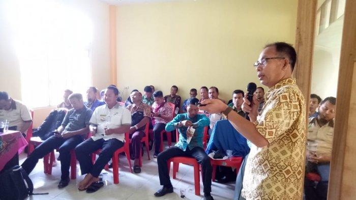 Sosialisasi PKH di Kecamatan Teluk Keramat, Nilai Pentingnya Data Masyarakat Kurang Mampu