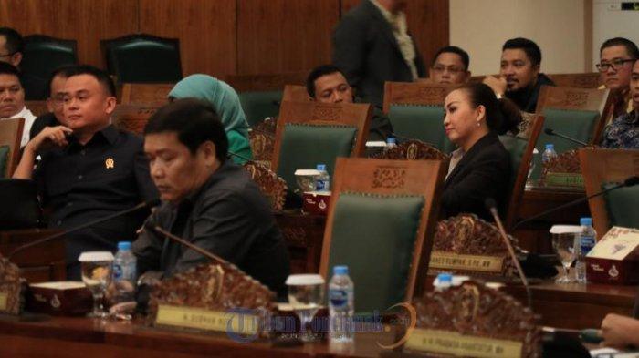 FOTO: Rapat Paripurna Perdana DPRD Kalbar Hanya Dihadiri 41 Anggota Dewan - rapat-paripurna-perdana-dprd-kalbar02.jpg