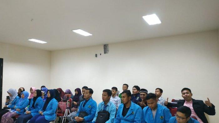 Rektor IAIN Pontianak Melepas Mahasiswa Ilmu Al-Quran dan Tafsir (IAT) PPL ke PSQ Jakarta