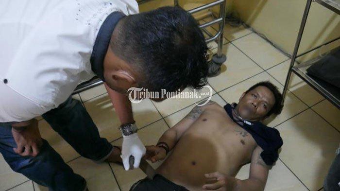 FOTO: AT, Residivis Pencurian Kendaraan Bermotor di Pontianak 'Dihadiahi' Timah Panas - resedivis-at-5.jpg