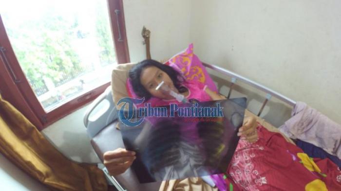 [FOTO-FOTO] Bekerja Lebih 8 Jam dengan Gaji di Bawah UMK, Riska Terbaring Lemah di RS Bhayangkara