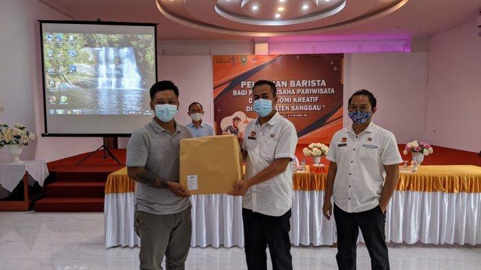 Buka Kegiatan Pelatihan Barista di Kabupaten Sanggau, Ini yang Disampaikan Rizma Aminin