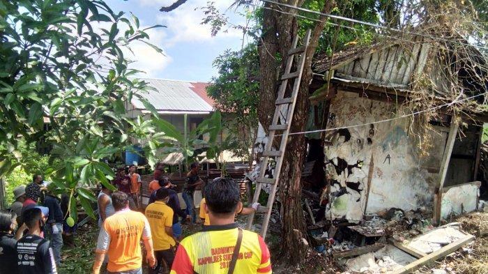 Gotong Royong Rehab Rumah Tak Layak Huni yang Nyaris Ambruk Milik Sudirman