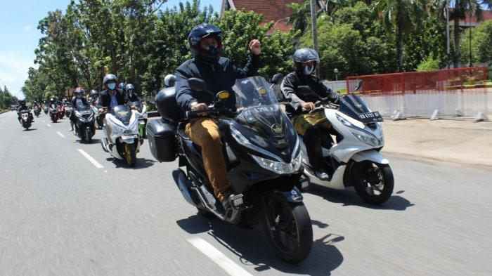 Rolling City dengan Protokol Kesehatan, PCX Luxurious Ride Singgahi 3 Rumah Adat Pontianak