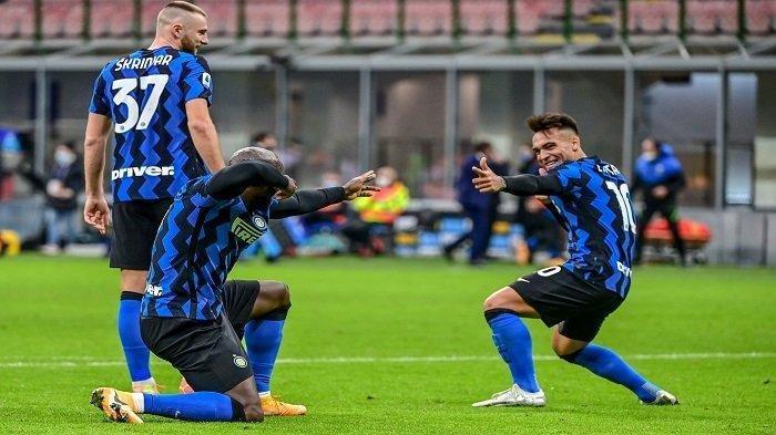 UPDATE HASIL AC Milan vs Inter Milan - Baru 5 Menit, Gol Kombinasi Lukaku - Martinez, Skor 0-1
