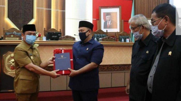 Delapan Fraksi DPRD Kalbar Satu Suara Setujui RPJMD Perubahan