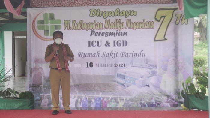 Bupati Sanggau Paolus Hadi saat memberikan kata sambutan pada peresmian ruang ICU dan IGD Rumah Sakit Parindu, Kabupaten Sanggau, Kalbar, Selasa 16 Maret 2021.