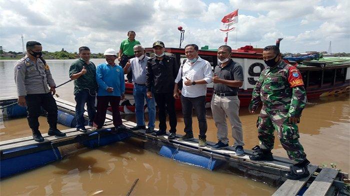 Wabup Sujiwo Puji Kepedulian PT BPK Salurkan Program CSR ke Warga Sungai Ambawang