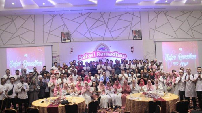 Silaturahmi Kunci JNE Solid Hadapi High Season Ramadhan dan Idul Fitri - safari-ramadhan-jne-pontianak1.jpg