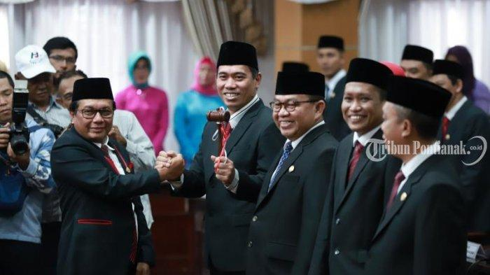 FOTO: Pengucapan Sumpah Pimpinan DPRD Kota Pontianak Satarudin Dalam Sidang ke-5 DPRD Kota Pontianak - satarudin4.jpg