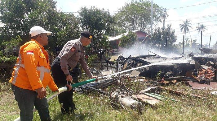 Tinggalkan Kompor Menyala, Warung Usaha di Wajok Hilir Ludes Terbakar