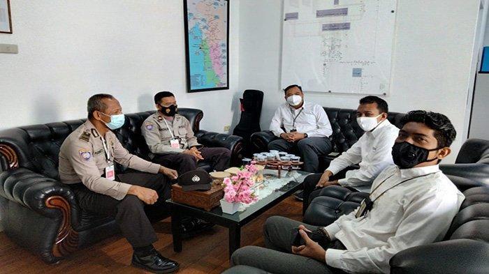 Tingkatkan Sinergitas Sat Binmas Polres Ketapang Sambangi Kantor Perhubungan dan Kantor PLN Ketapang