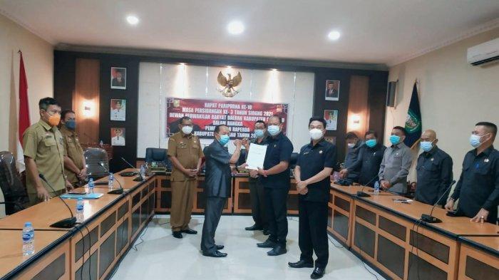 DPRD Kabupaten Sanggau Gelar Rapat Paripurna ke-10, Bahas Empat Raperda Eksekutif