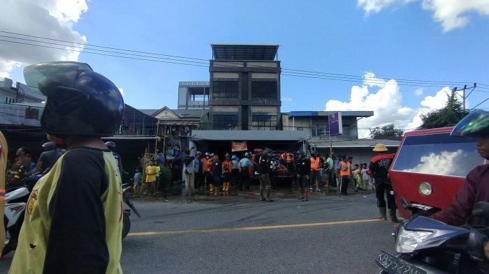 Satu Unit Ruko di Kawasan Jalan Yam Sabran Pontianak Terbakar, Diduga Disebabkan oleh Saklar AC