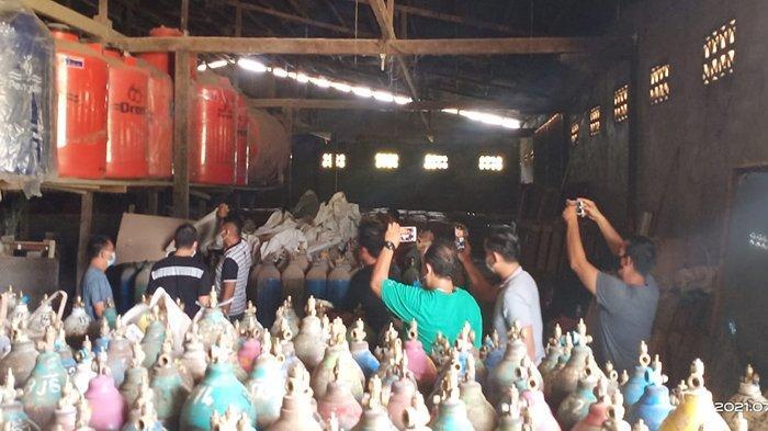 Grebek Gudang dan Toko Bangunan di Sanggau, Polda Kalbar Temukan Ratusan Tabung Oksigen Medis