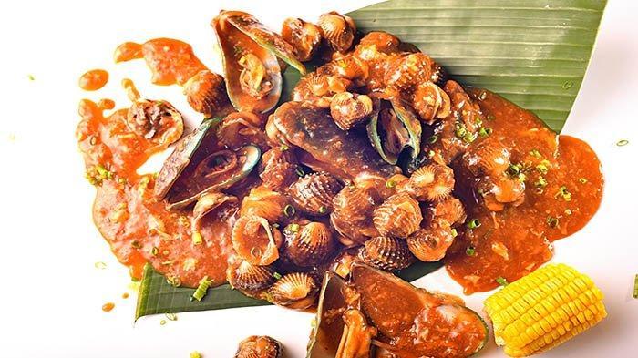 INSPIRATIF Medan Kerang Hore Crab (MKHC) dari Usaha Gerobakan Hingga Sukses Buka Empat Cabang