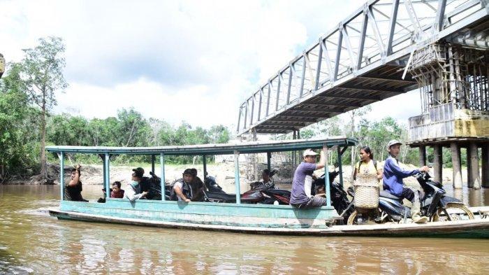 Jawab Kecurigaan Masyarakat, Bupati Jarot Minta Inspektorat Audit Jembatan Ketungau II
