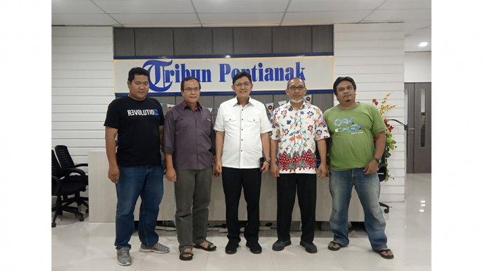 Sekjen PKS Bersama Ketua DPW PKS Kalbar Kunjungi Kantor Tribun Pontianak
