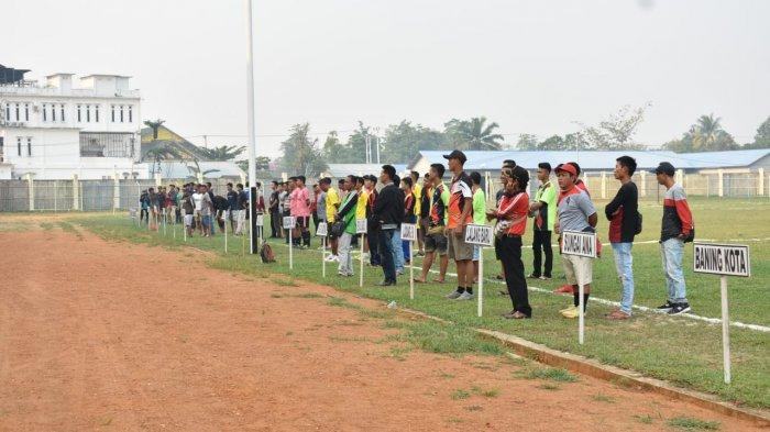 Turnamen Sepak Bola Camat CUP Resmi Dibuka, Camat Sintang Harap Kegiatan Berjalan Lancar