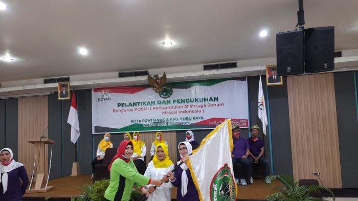 Ketua POSMI Provinsi Kalbar Lantik Dua Pengurus Cabang