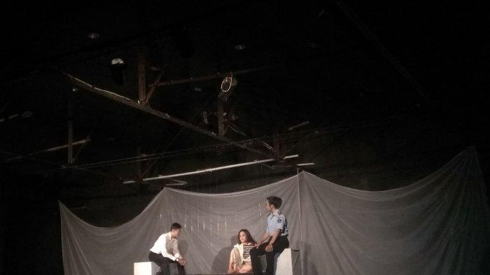 Pentas Teater Jamilah dan Sang di Atas Atas : Kisah Gelap Perdagangan Perempuan Tak Lekang Waktu