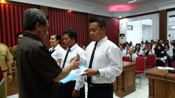 Sekda Sanggau Ancam Pecat CPNS Suka Mangkir Kerja