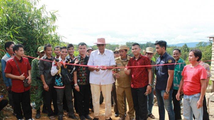 Kecamatan Terluas di Sintang Minim Infrastruktur, Jarot: Pemerintah Komitmen Bangun dari Pedalaman
