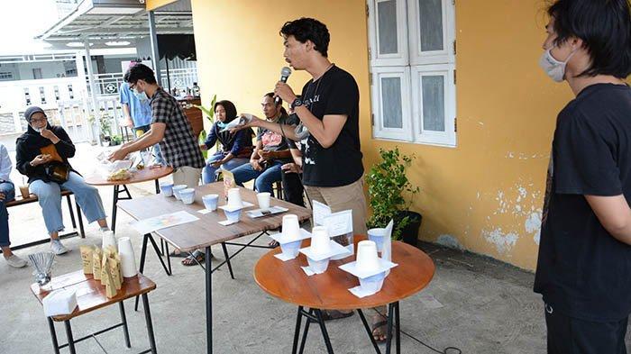 Tren Pertumbuhan Coffee Shop, Komunitas Kopi Kita Dorong Industri Kopi Berkualitas di Pontianak