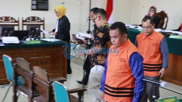 FOTO: Sidang Lanjutan Pemeriksaan Saksi dengan Terdakwa Suryadman Gidot - sidanggidot-2.jpg