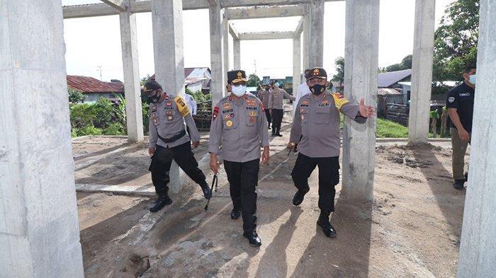 Tinjau Pembangunan Polsek Benua Kayong, Kapolda Sigid Harap Dapat Tingkatkan Pelayanan Masyarakat