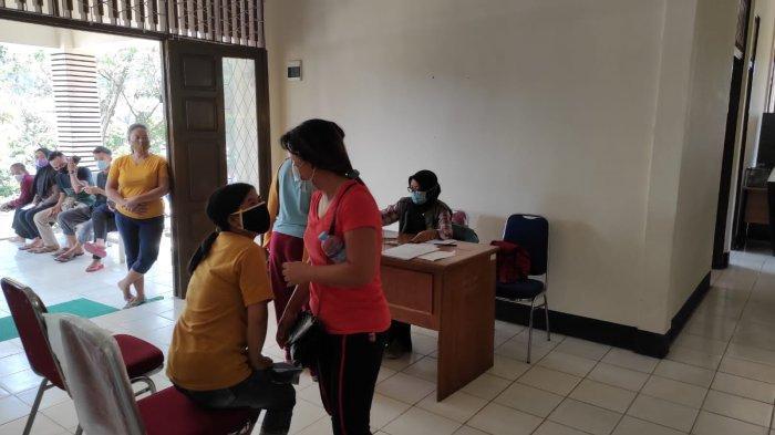 Polsek Singkawang Selatan Gelar Vaksinasi di Puskesmas Pembantu Sijangkung