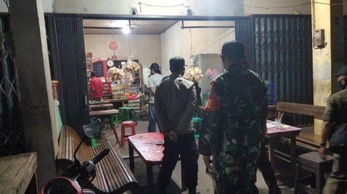Tim Gabungan Gelar Patroli Malam, Cegah Kerumunan di Warkop dan Kafe di Teluk Keramat