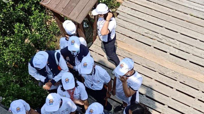 Siswa-siswi Dari Bali Berkesempatan Belajar Mengenal Mangrove di Mempawah Mangrove Park - siswa-bali2.jpg