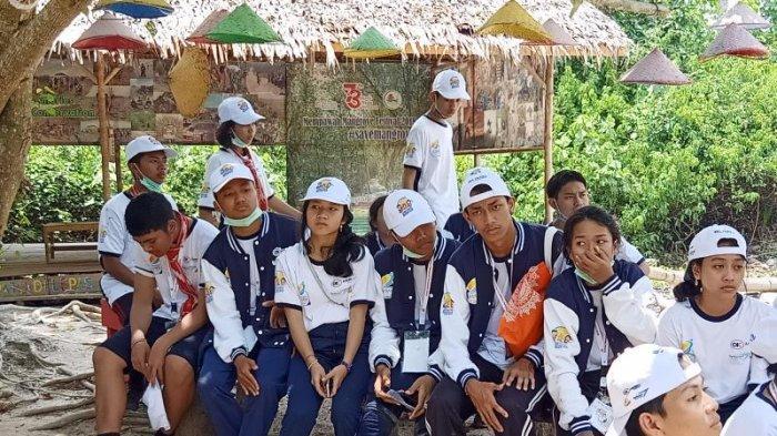 Siswa-siswi Dari Bali Berkesempatan Belajar Mengenal Mangrove di Mempawah Mangrove Park - siswa-bali4.jpg