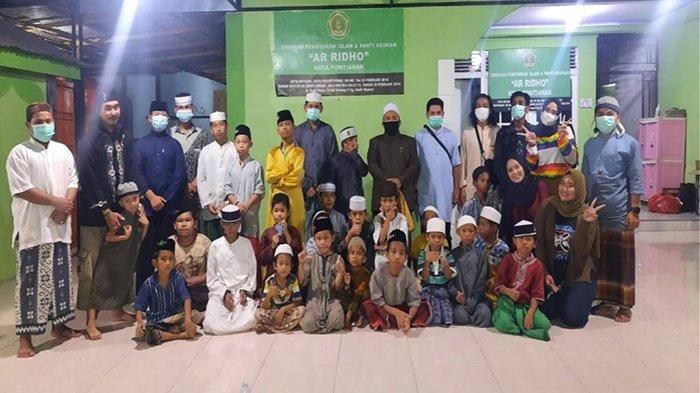 Slank Fans Club Pontianak Bukber dan Berbagi Dengan Yayasan Pendidikan dan Panti Asuhan Ar-Ridho