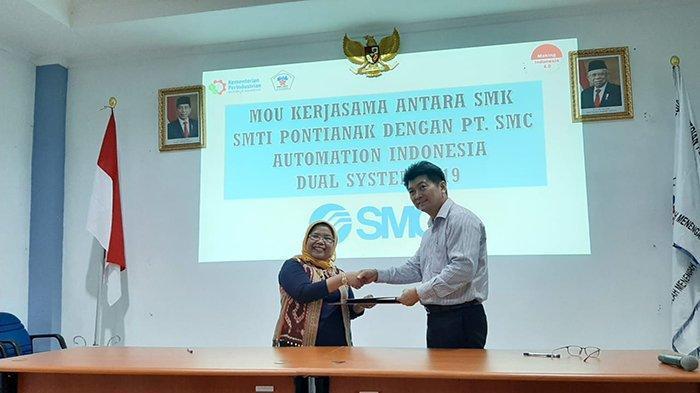 SMK-SMTI Pontianak Undang PT SMC Automation Indonesia Sebagai Pembicara Kuliah Umum Silver Expert - smk-smti-pontianak-kembali-mengadakan-kuliah-umum-silver-expert-gw.jpg