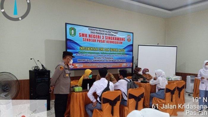 SMK Negeri 3 Singkawang Melaksanakan Vaksinasi Covid-19 kepada Siswa-siswi