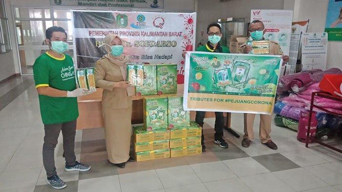 Adem Sari Ching Ku Berikan Bantuan Bagi Pejuang Penanggulangan Virus Corona - soedarso-pontianak-dalam-agenda-adem-sari-ching-ku-peduli-s.jpg