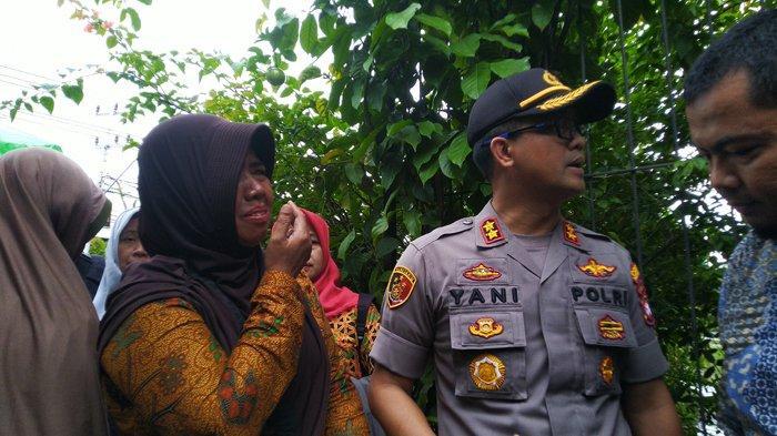 Sri Murtinanti PNS di Kota Pontianak Histeris Melihat Rumahnya Terbakar, Dokumen Penting Ludes