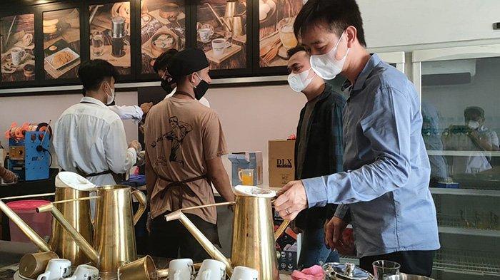 Pandemi Masih Mengepung Pontianak, Aming Lebarkan Sayap Buka Cabang ke-16 di Siantan