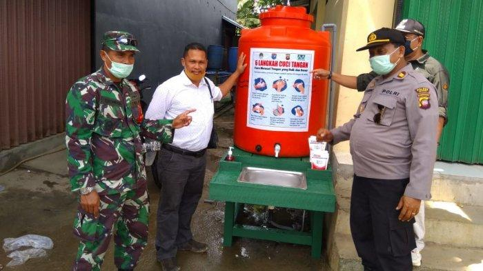 PT Lestari Abadi Perkasa dan PT Mentari Pratama Berikan Bantuan Stasiun Cuci Tangan di 3 Kecamatan