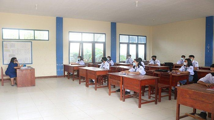 Hari Pertama Belajar Tatap Muka Dimulai, SMA/SMK di Sekadau Terapkan Prokes