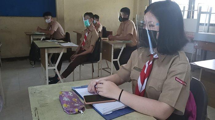 Penggunaan Masker Sebagai Gaya Hidup Terkini, Ini Cara Memakai Dobel Masker yang Benar
