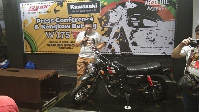 Manjakan Pecinta Motor Klasik, Kawasaki Perkenalkan Varian Baru W175 TR di Pontianak