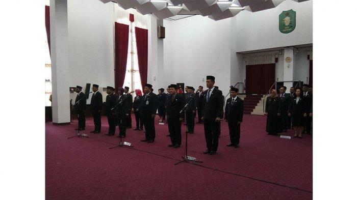 BREAKING NEWS - Sutarmidji Lantik 15 Pejabat, Mantan Wakil Bupati Kubu Raya Jadi Staf Ahli Gubernur
